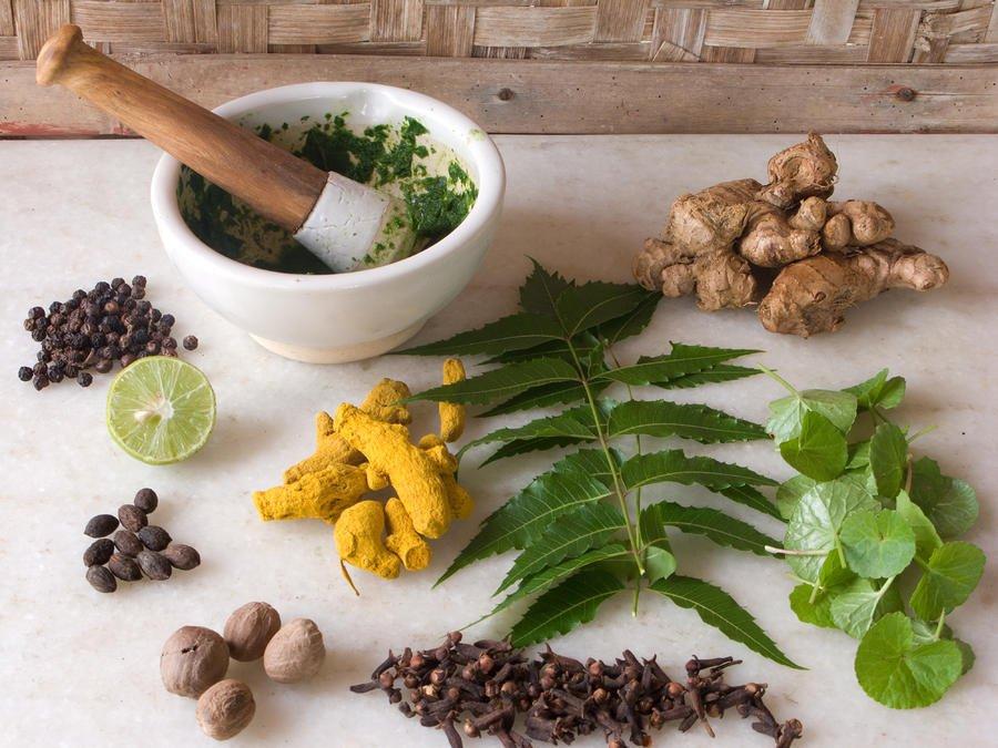Травы при простатите и аденоме простаты: список самых эффективных